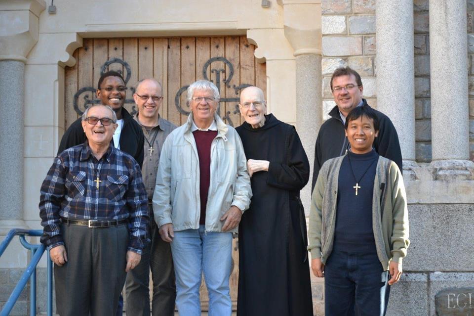 La communauté d'Aix à En Calcat en novembre 2015